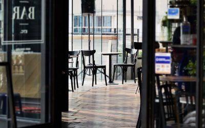 Escollir un proveïdor d'aliments i begudes per a bars