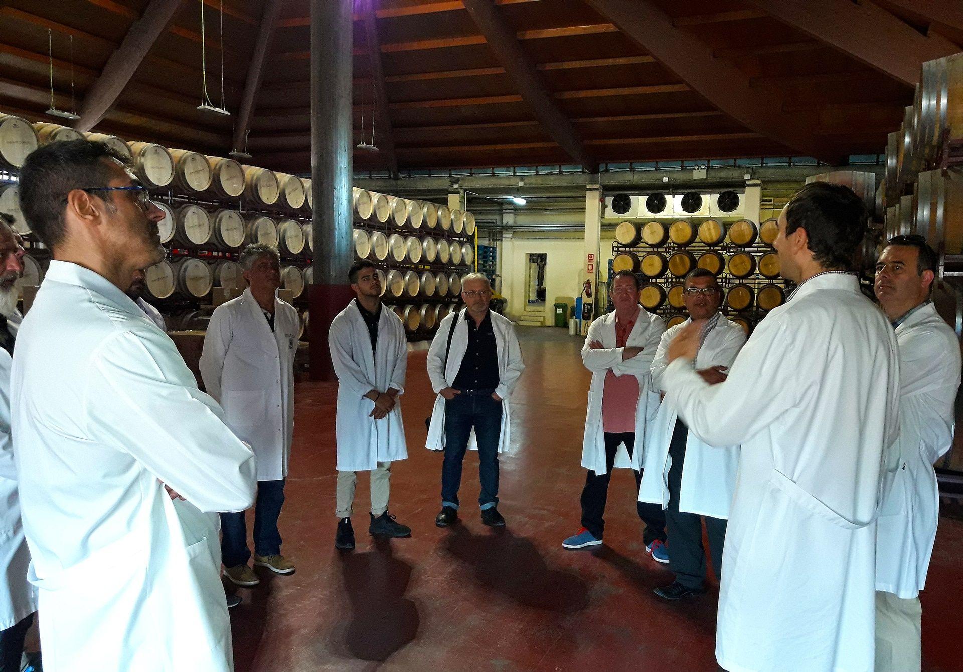 Bodegas- Jaume-Serra-el pasado-20-de-Julio-equipo-comercial-Disteco