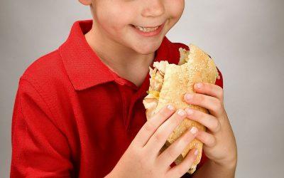 Consells per a l'alimentació dels nens