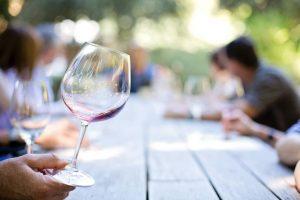 Organizar una cata de vinos privada a domicilio