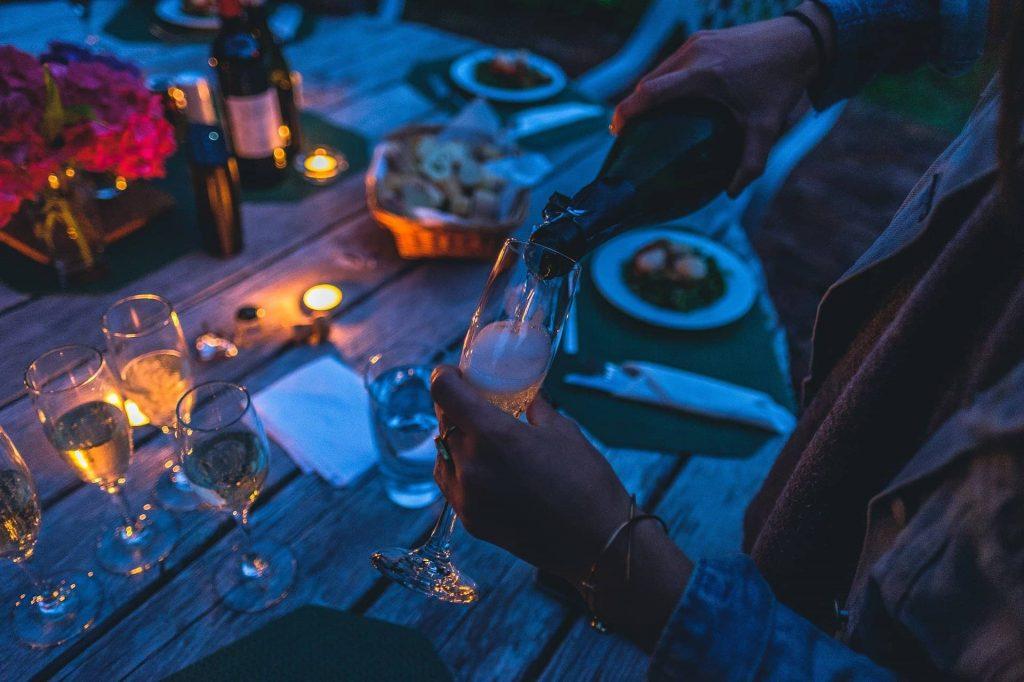Llegaron momentos para disfrutar al aire libre al igual que de los mejores productos para preparar las más exquisitas cenas de verano en casa.